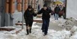 По коліно в снігу: куди поскаржитися на замети та ожеледь у Москві
