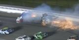Серьезная авария на гонке NASCAR в Канзасе (Видео)