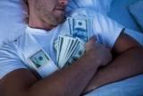 Украинцы держат вне банков более 300 миллиардов гривен наличными